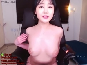 web cam picture of boobs