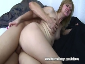 naked milf massage video