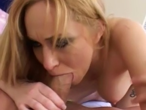 blonde babe fucked in pussy hardcore