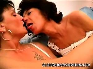 mature lesbian pussy picaf