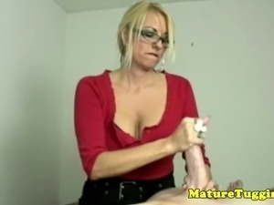 Blonde spex cougar wanking dick