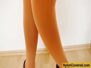 young girls in nylons pics