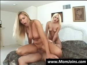 hot mom and daughter sex videos