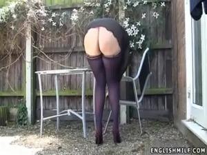 naked upskirt pussy