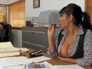 priya anjeli rai free porn videos