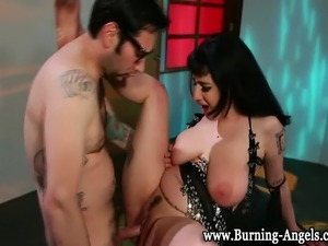 squirting goth girl gets anal fucked