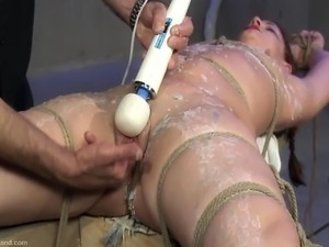 naekd girl tie up have sex
