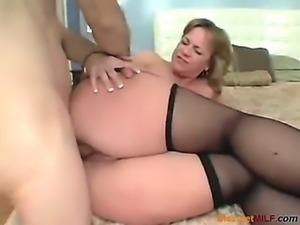 free pics naked moms