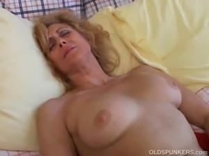 asian mom orgasm video