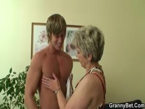 pics of pretty blonde grannies