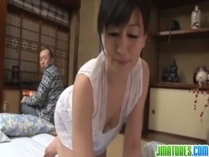 japanese mature woman photo