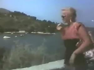 greek amateur lesbian videos