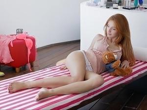 beautiful girls small tits videos