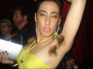 armpit lick girl