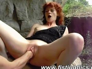 Extreme lesbian sex