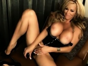 mature women solo videos