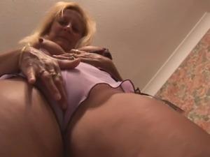 upskirt and pussy closeup