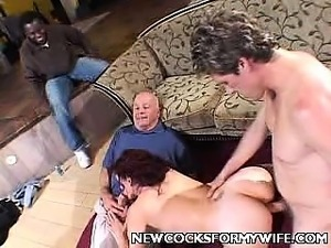 ebony house wifes sucking