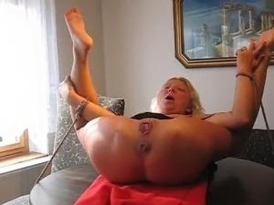 bizarre sex videos amputees