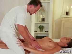 pics of asian massage parlor