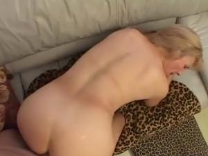 kinky slut amateur housewife pictures