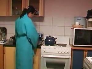 girl fuck in kitchen