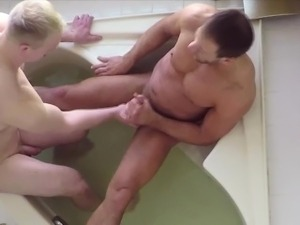 free extreme handjob cumshot videos