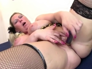 mother having butt sex with daughter