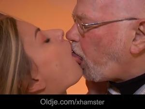 hot secretaries fuck boss videos