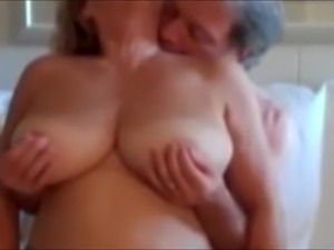 mature blonde wives
