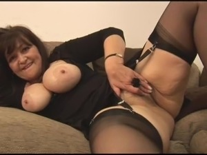 mature and daughter lesbian pics