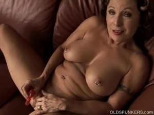 Grannies pussy videos