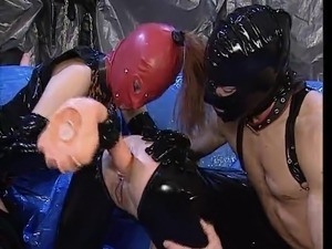 three way girls latex sex pics