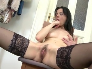 mother daughter fuck anal