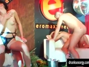 naked in public pictures video