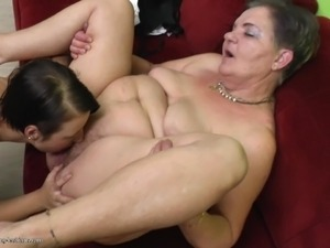milf mature lesbians