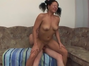 Old and young lesbian sex videos