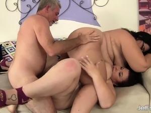 curvy ebony pornstar pics