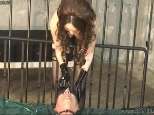 strong legs young girl femdom