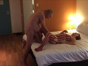 naked girl flashing in hotels