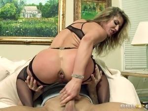 Порно фильмы стринги