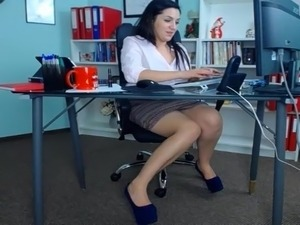 girls in office sex