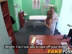 doctor looke into patient pussy