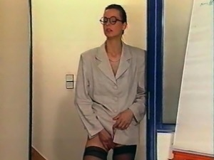 free mature secretary galleries