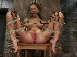 porno-video-pitki-i-unizheniya