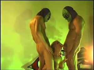 mmf threesome sex