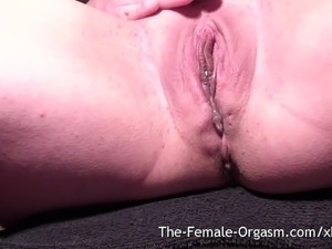 young hairy wet pussy