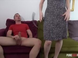 Leggy red haired hoe Zara Du Rose blows giant cock and bounces on it in...