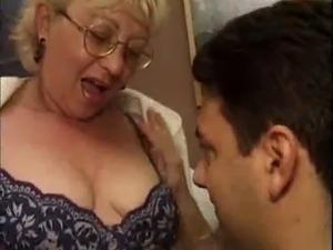italian women feet porn pictures
