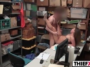 sex video streaming office